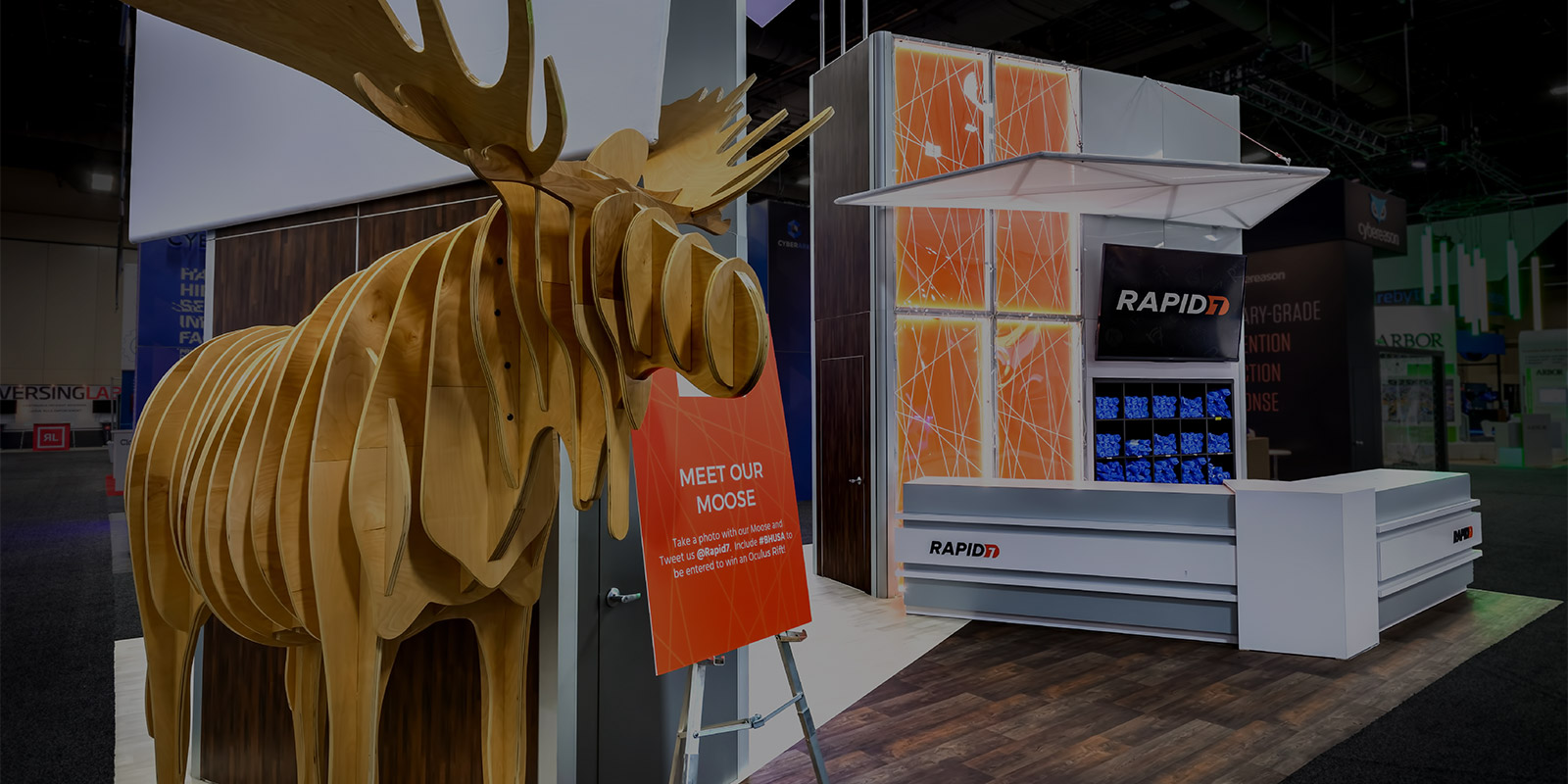 Rental Exhibit Branded Environment for Rapid7