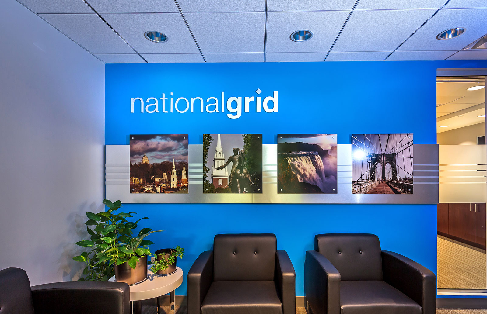 Commercial Branded Environment, �National Grid Corporate Lobby, Graphic Design
