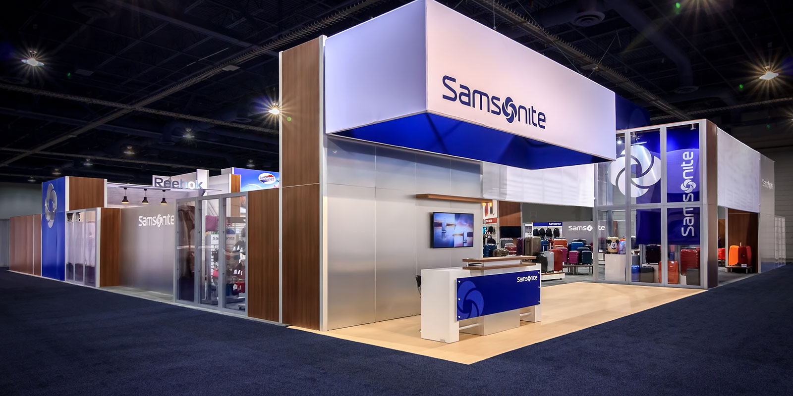 Hill & Partners Rental Branded Environment Trade Show Exhibit for Samsonite